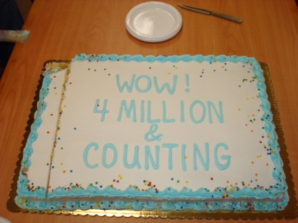 4 million & counting cake, from (almost) Bald Trainer Blog